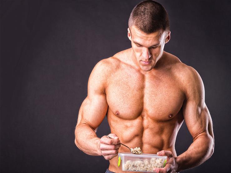 ما الأطعمة التي تساعد على بناء العضلات؟